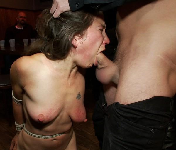 Fellation avec tétons torturés